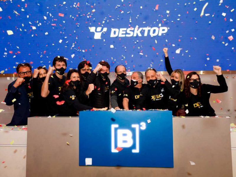 Executivos batendo o martelo do IPO